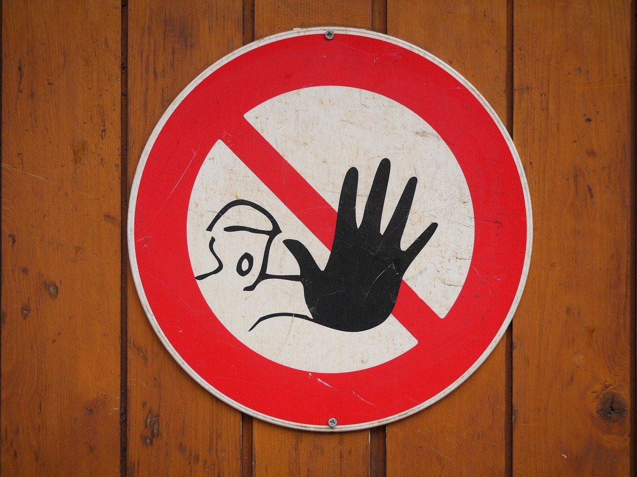 Znaki informacyjne i ostrzegawcze BHP