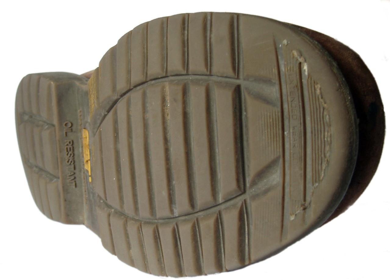 Czym powinny wyróżniać się buty robocze?